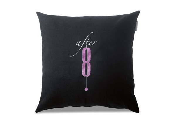 "Typo-Design-Kissen ""after 8"""